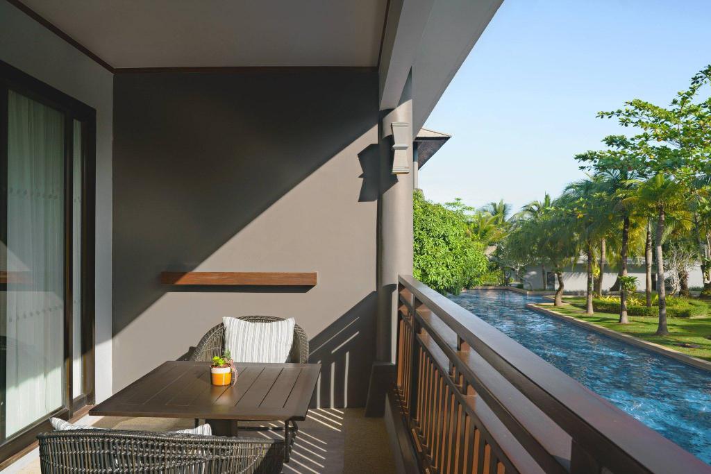 (Phuket Marriott Resort and Spa, Nai Yang Beach