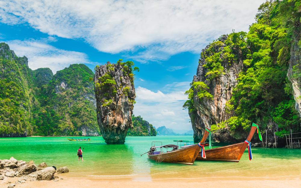 PhuketE-Magazine